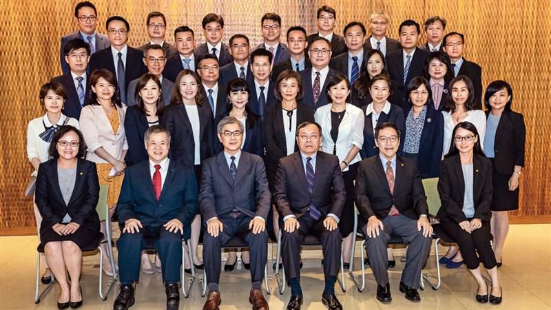 台灣頂尖「高階」、「國際」人才培育